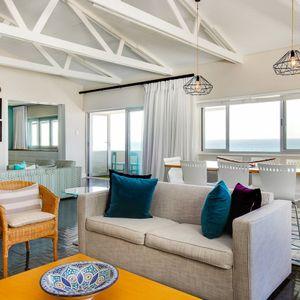 Living area & Views: BONDI BLU - Mouille Point