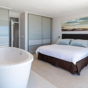 Master bedroom; MOUTAIN VIEW VILLA - Camps Bay