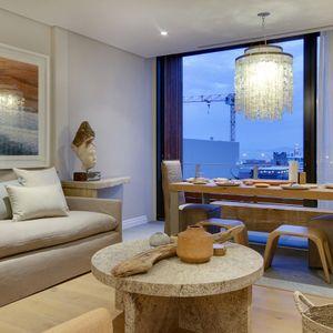 Living & Dining area; AFRIQUE - De Waterkant