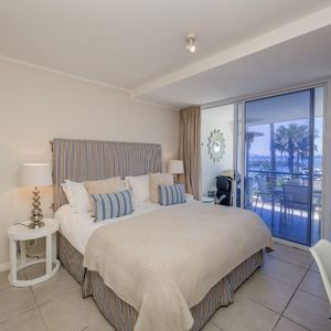 Master bedroom; MAJESTIC MARINA -Mouille Point