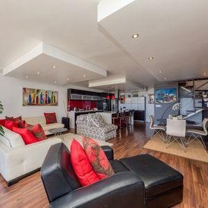 Living room; OCEAN JAZZ -Camps Bay