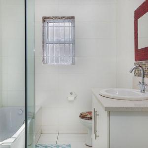 Bathroom; VILLA 13 - Camps Bay