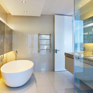 En-suite to master; BETA UPPER - Camps Bay