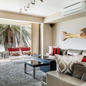 Lounge & Patio; HOUGHTON STEPS - Bakoven