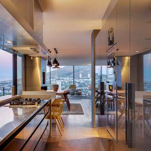 Kitchen; 2 on HILDENE - Tamboerskloof