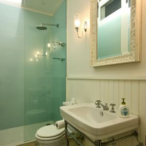 Second bathroom; SELBOURNE - Sea Point