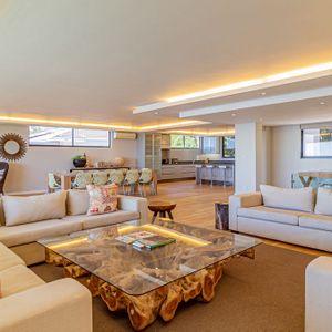 Comfortable Lounge; 71 ON GENEVA - Camps Bay