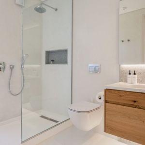 En-suite to sixth bedroom; VILLA VIEWS - Camps Bay