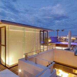 Rooftop; AFRIQUE - De Waterkant