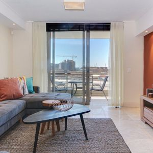 Living area and view; 507 CANAL QUAYS - Foreshore