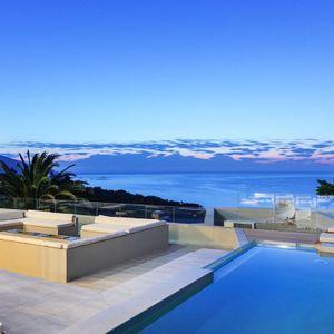 Pool; Apostle's Edge - Camps Bay