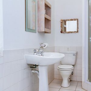 Bathroom; OVERGLEN - Camps Bay