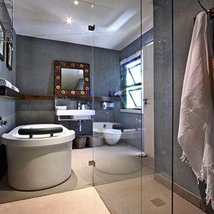 En-suite to master bedroom; GENEVA MIDDLE - Camps Bay