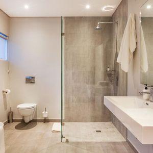 Bathroom One; Apostle's Edge - Camps Bay
