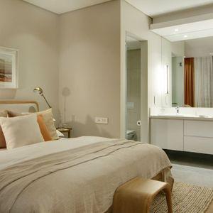 Second bedroom & En-suite; AFRIQUE - De Waterkant
