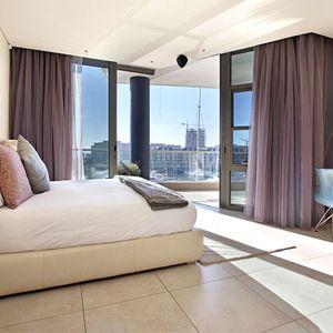 Master Bedroom; PEMBROKE LUXURY - V&A Waterfront Marina
