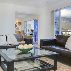 Living area & mountain view; CAMPS LUXURY - Camps Bay