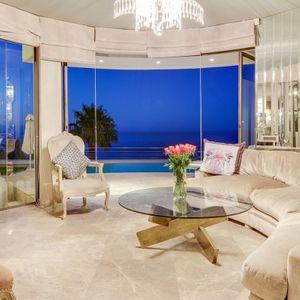 Formal lounge; LE GRANDE - Bantry Bay