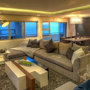 Living area; SKYFALL - Clifton