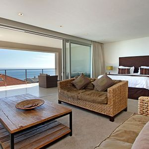 Master bedroom & Balcony; VILLA  BLUE -  Camps Bay