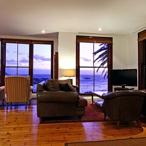 Living area; TERRACE LODGE - Camps Bay