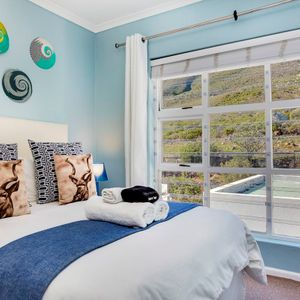 Second bedroom; ST TROPEZ APARTMENT - Camps Bay