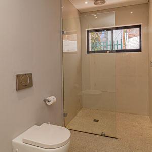 Shower; 71 ON GENEVA - Camps Bay