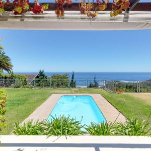 Pool & Views; OVERGLEN - Camps Bay