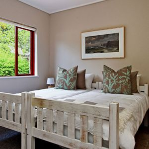 Second bedroom; MOUNTAIN LODGE - Hout Bay
