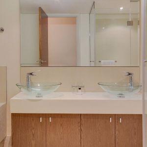 Bathroom; 507 CANAL QUAYS - Foreshore