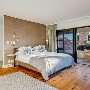 Master Bedroom; danielle Perold - Camps Bay