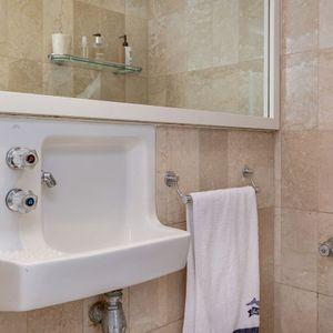 Bathroom; SAND & SEA - Clifton
