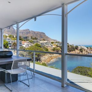 ; NELSON'S HOME - Camps Bay