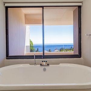 Bath Views; 71 ON GENEVA - Camps Bay