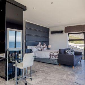 En-suite Bedroom; SUNSET BLISS - Camps Bay