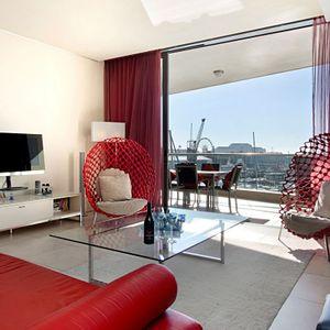 Lounge Area; PEMBROKE LUXURY - V&A Waterfront Marina