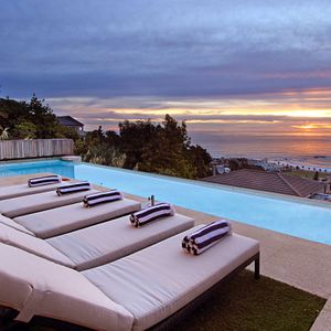 Pool & view; ANDARA - Camps Bay