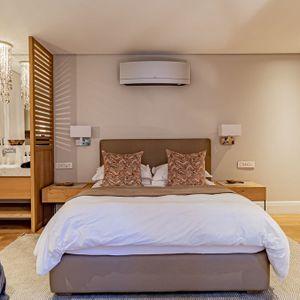 Third Bedroom En-suite; 53 Napier - De Waterkant