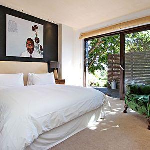 Master bedroom & courtyard access; GENEVA LOW - Camps Bay