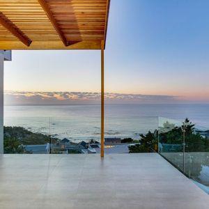 Balcony; Apostle's Edge - Camps Bay