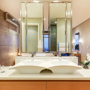 Master bathroom; 129 OCEAN VIEW PENTHOUSE - Green Point