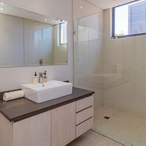 Shower Room; 71 ON GENEVA - Camps Bay