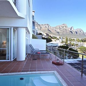 Balcony & mountain view; TERRACE SUITE - Camps Bay