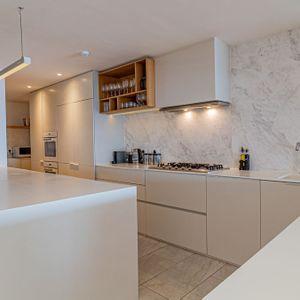 Modern Kitchen; 100 Geneva - Camps Bay