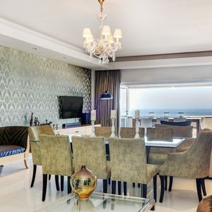 Dining area; OCEAN SYMPHONY - Camps Bay