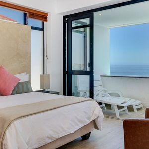 Master bedroom; BALI DREAM - Camps Bay