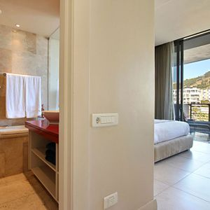 Second Bedroom & En-Suite; PEMBROKE LUXURY - V&A Waterfront Marina