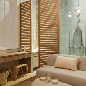 En-suite with seating area; STONE ARCH - De Waterkant