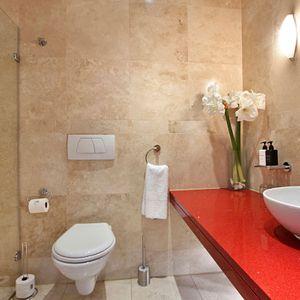 Second Bedroom En-Suite; PEMBROKE LUXURY - V&A Waterfront Marina