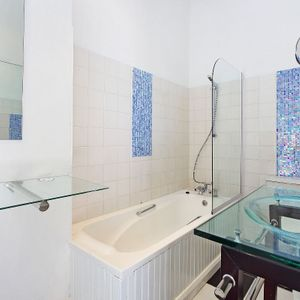 En-suite; BLUE SHORE VILLA - Camps Bay